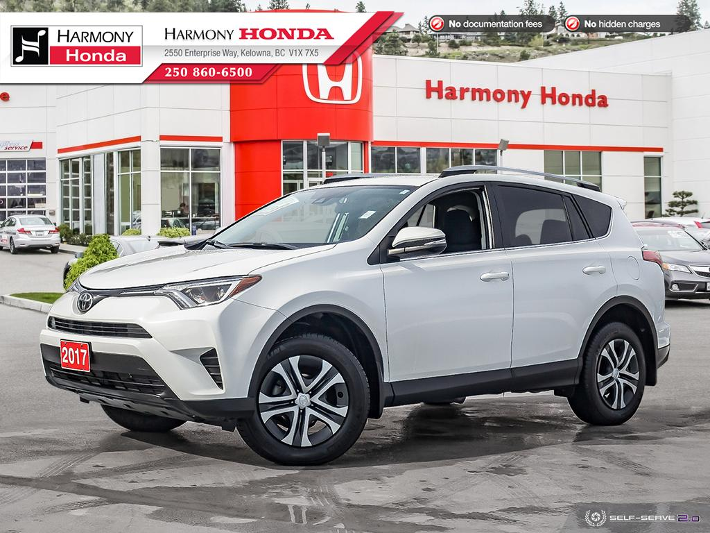 Pre-Owned 2017 Toyota RAV4 LE - BC VEHICLE - NO ACCIDENTS / DAMAGE - ONE OWNER - NON SMOKER - BACKUP CAMERA