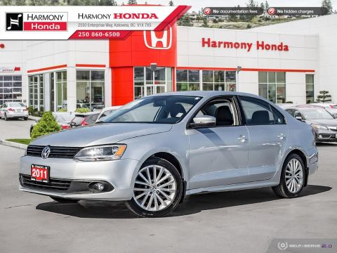 Pre-Owned 2011 Volkswagen Jetta Sedan SPORT - NON SMOKER - SUNROOF - FOG LIGHTS - 2ND SET OF TIRES - WELL SERVICED - FUEL EFFCIENT